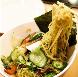 Momofuku Ginger Scallion Noodles